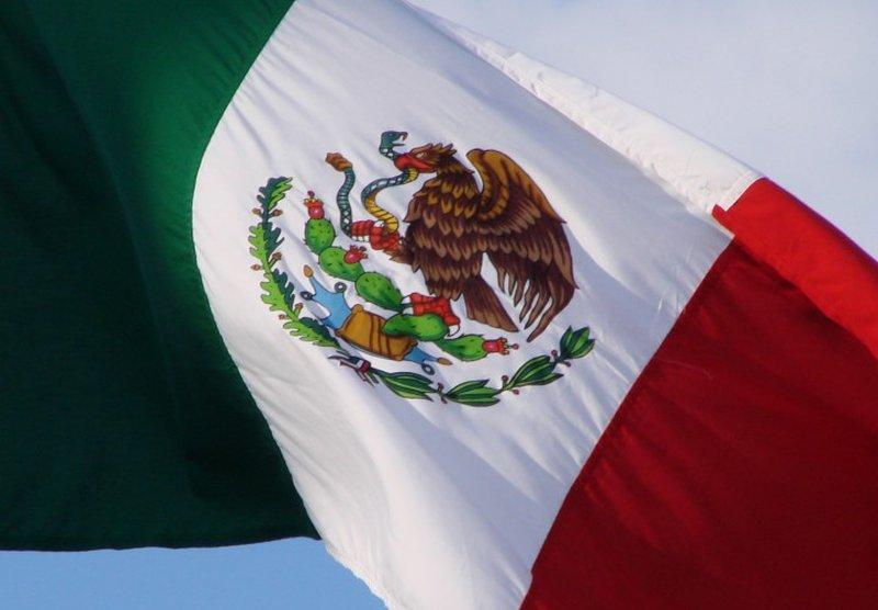 bandiera-messicana-stemma