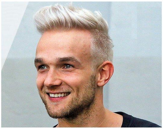 Colore grigio capelli uomo  cd6fac5ac623