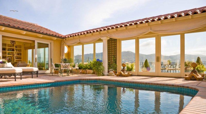 Come scegliere i colori di una piscina - Business plan piscina ...