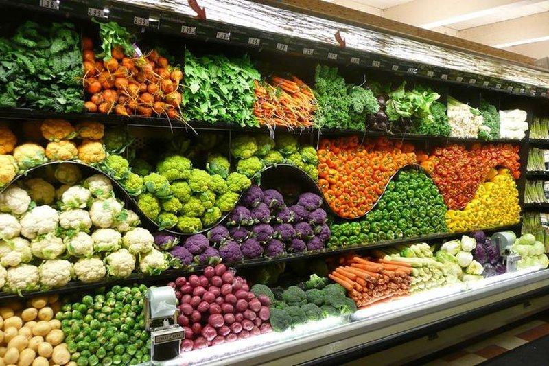come colorare le pareti di un negozio - Idee Arredamento Negozio Frutta E Verdura