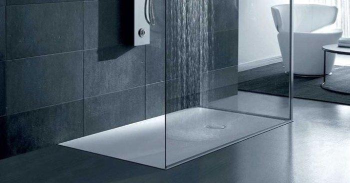 Colori pareti del bagno - Piatto doccia incassato nel pavimento ...