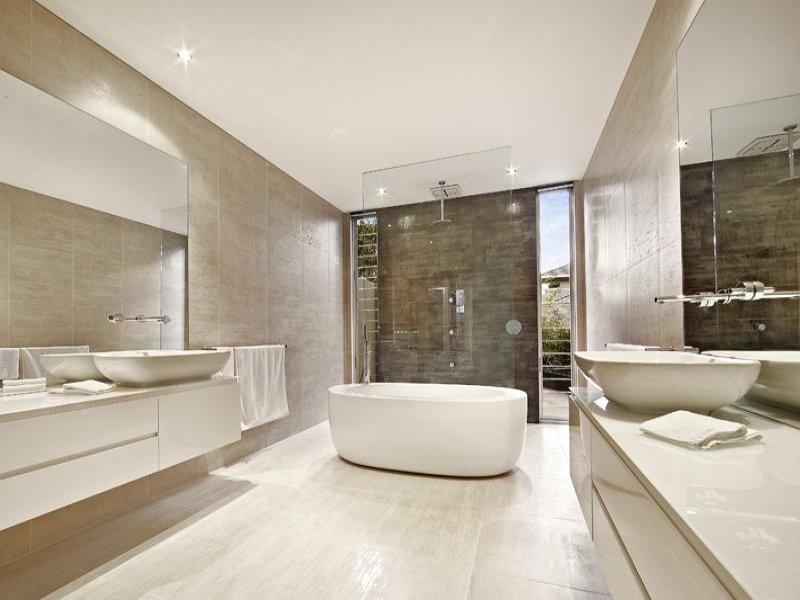 Idee per arredare il bagno e abbinamento colori - Arredare il bagno moderno ...