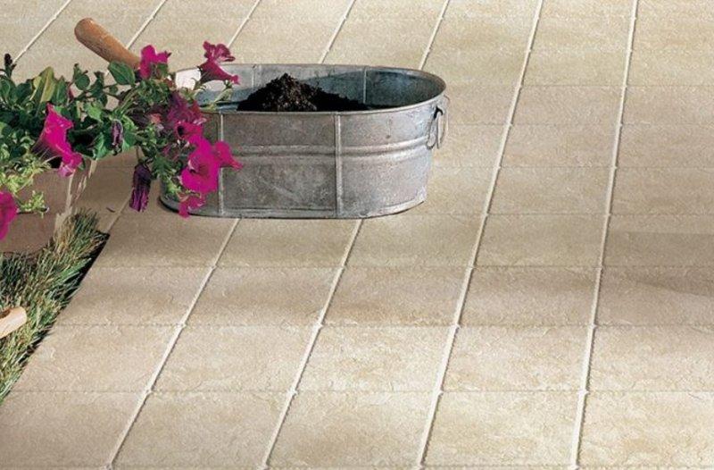 Pavimenti per esterno pavimenti per esterni piastrelle giardino