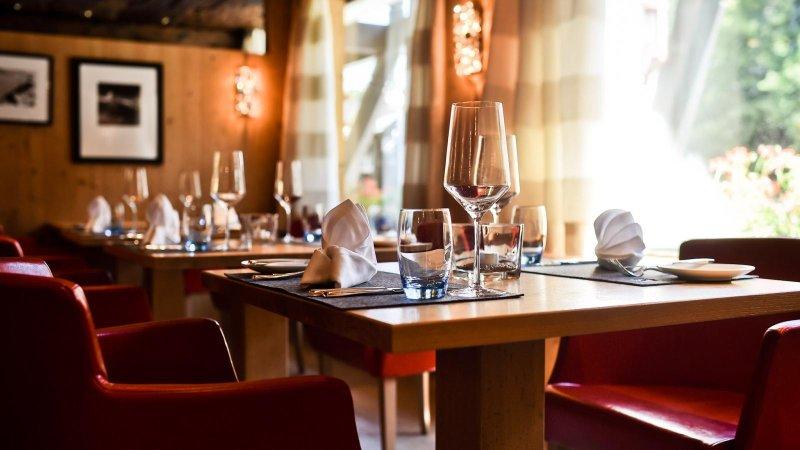 Come arredare un ristorante: mobili colori pareti