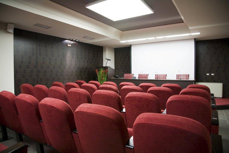 Scelta dei colori sale riunioni conferenze e congressi for Colori per la sala