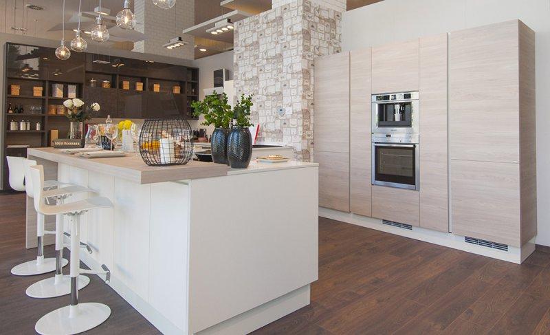Cucina come abbinare colori pareti mobili elettrodomestici - Abbinamento colori cucina ...