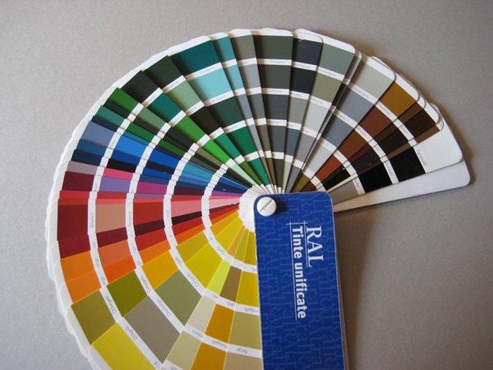 Codici colori ral for Tavole colori per pareti