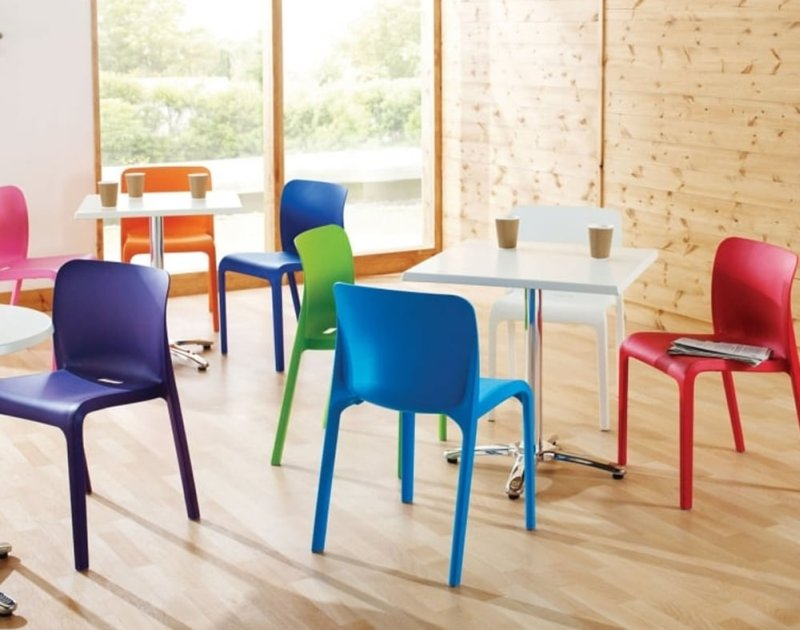 Sedie Colorate In Plastica.Sedie Colorate