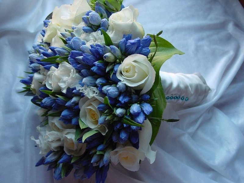 bouquet-blu-matrimonio